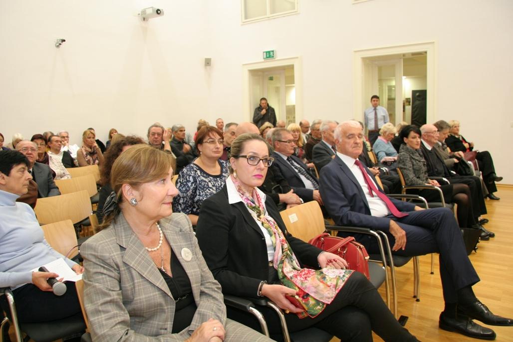 http://hrvatskifokus-2021.ga/wp-content/uploads/2017/09/izlozba_gutenberg_i_slavenski_svijet_3.jpg