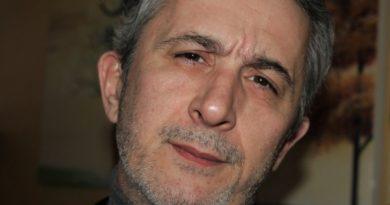 LEONARD HAMITAJ glumac i voditelj kazališta Albanskog dramskog društva u Hrvatskoj Mergimtari