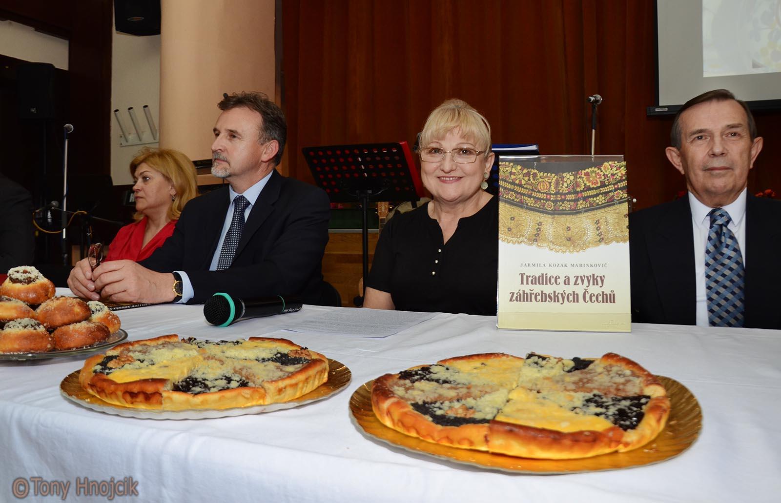 Promocija Knjige Jarmile Kozak Marinkovic I Majales (7)