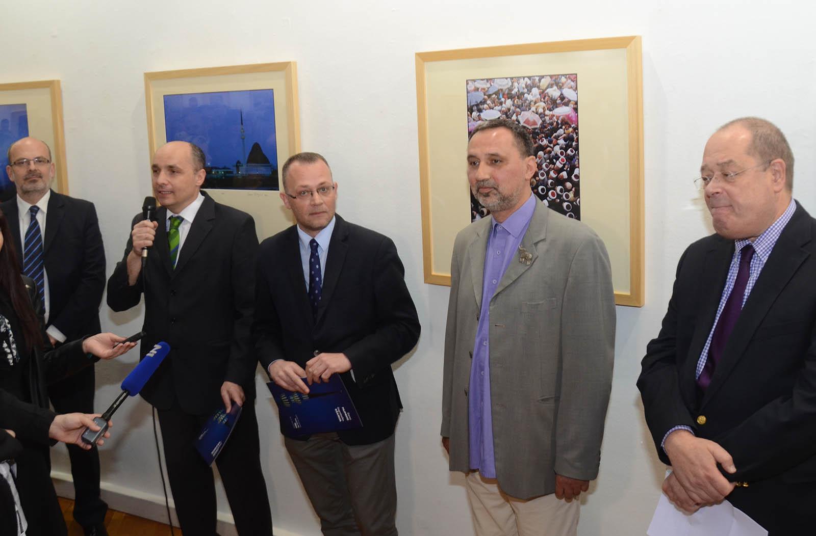 Zoran Filipovic, Izlozba Fotografija, Zagrebacka Djamija (6)