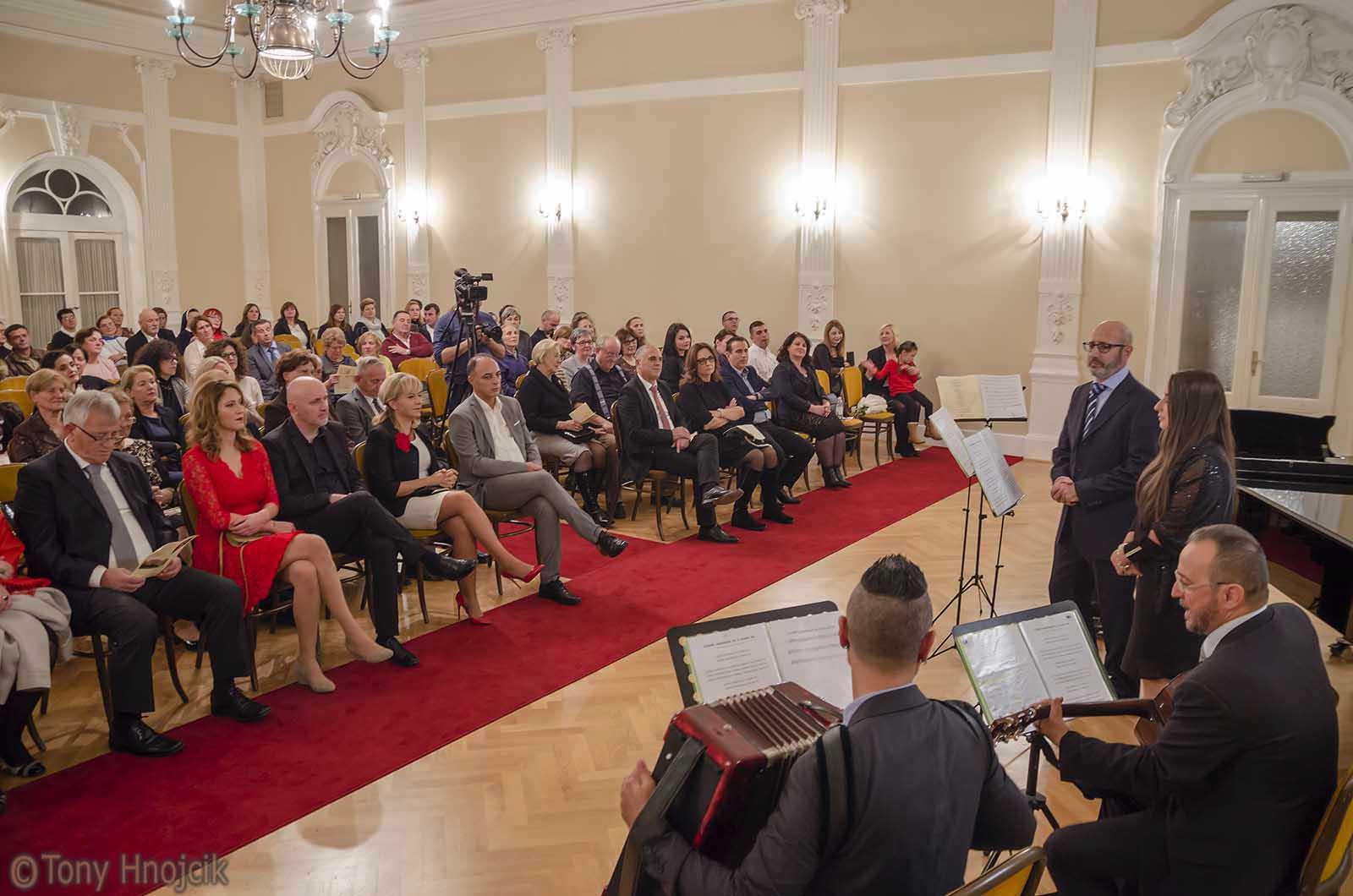 Koncert Starogradske Albanske Pjesme (9)