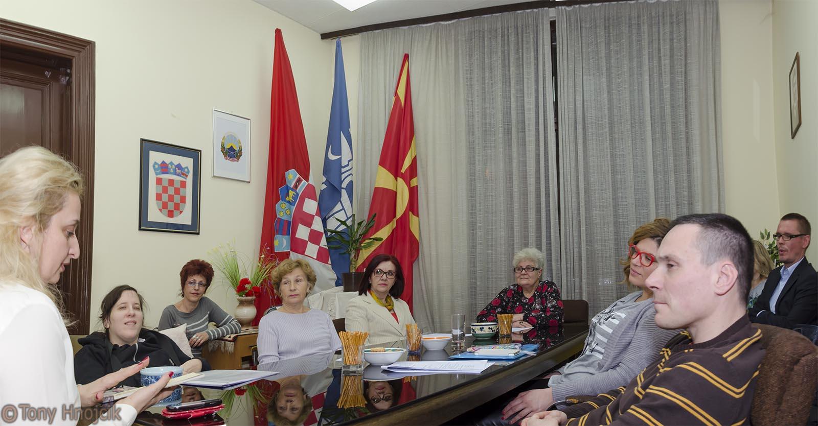 Poezija U Domu Makedonaca 9