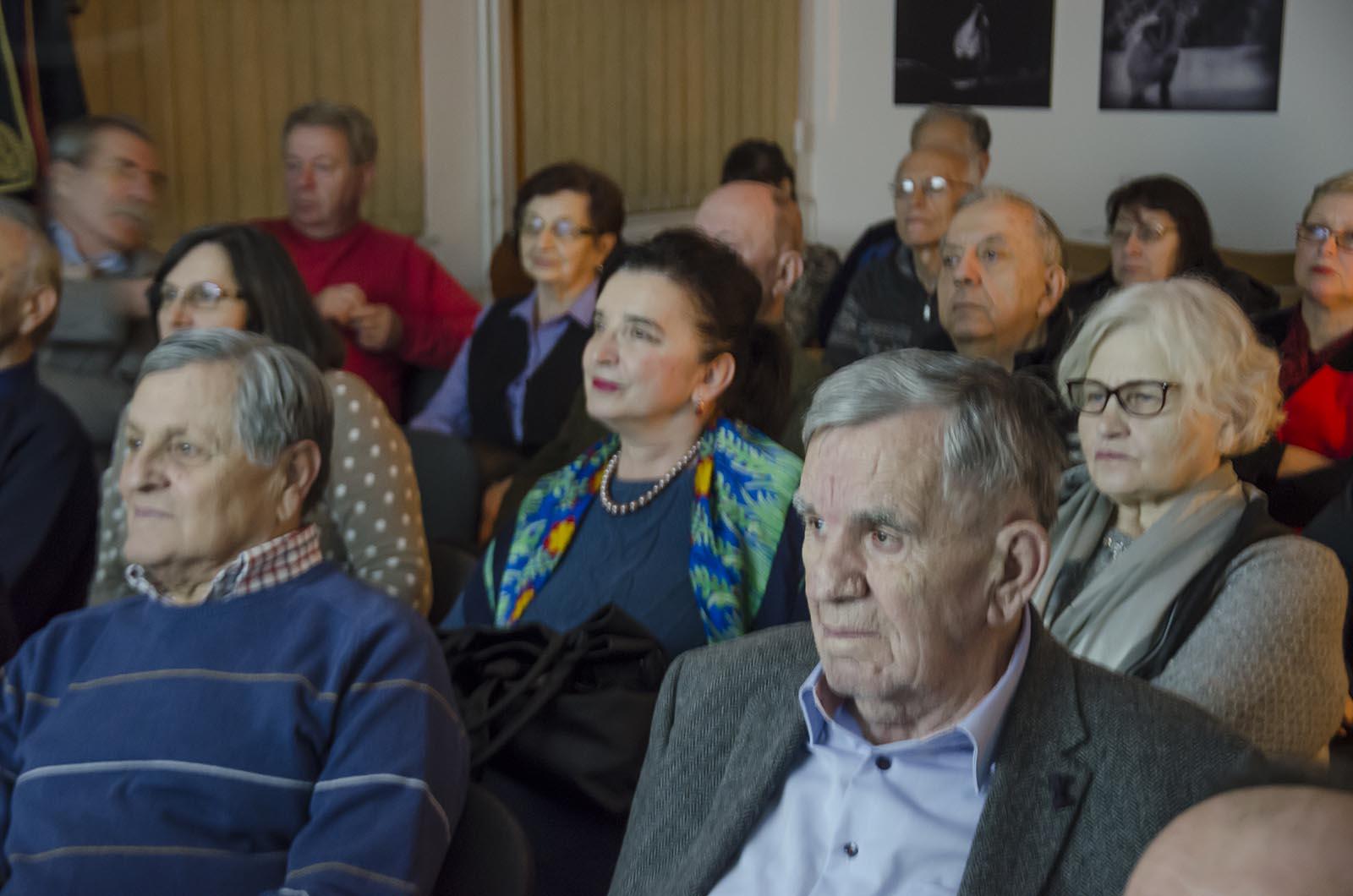 Projekcija Filma U Klubu Crnogoraca 3