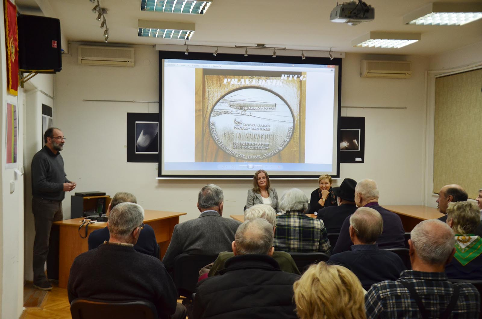 Projekcija Filma U Klubu Crnogoraca (3)