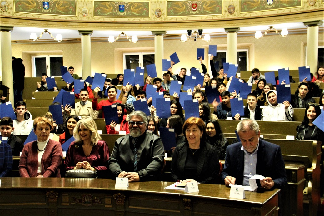 Romi Stipendije Nove 17