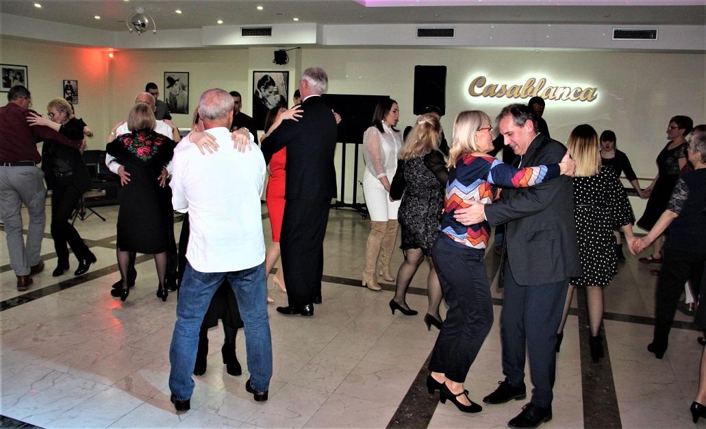 Rusini Casablanca 16