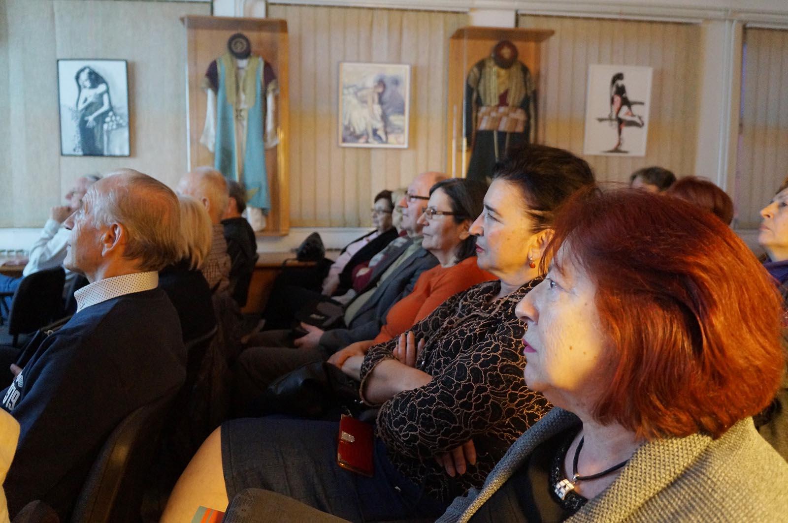 Sa Projekcije Filma U Crnogorskom Domu (11)