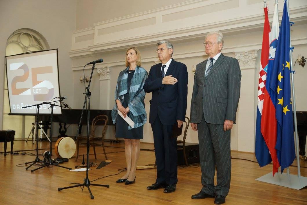 Slovenska Veleposlanica Smiljana Knez Željko Rainer Darko Šonc