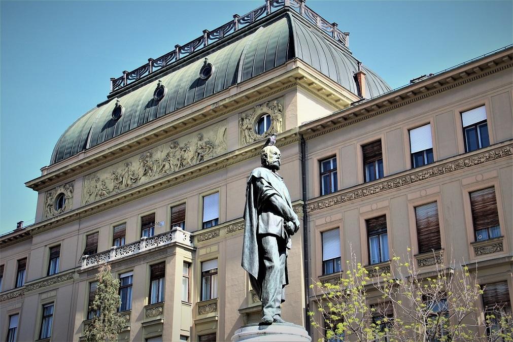 Spomenik Petar Preradovic 4