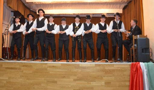 Madjarski Narodni Plesovi Iz Baranje (7)