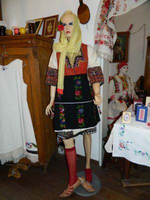 Makedonske Rukotvorine 8
