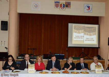 Promocija Knjige Jarmile Kozak Marinkovic I Majales (8)
