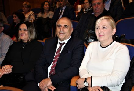 Albanci Dan 1