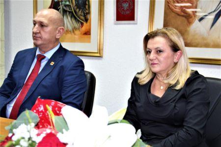 Albanci Dom 12