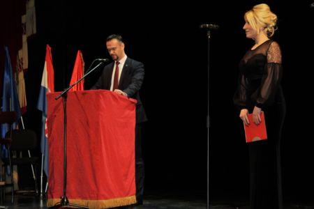 Albanci Hnk 13