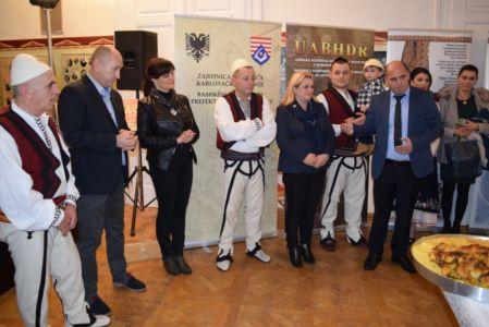 Albanci Kuhinja 8
