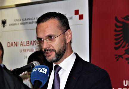 Albanci Radio 11