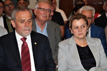 Albanci Skupstina 12