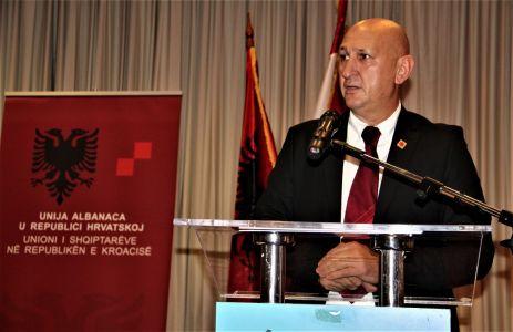 Albanci Skupstina 4