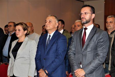 Albanci Skupstina 5