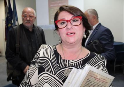Albanci Statut 4