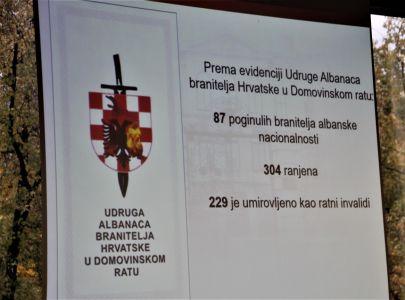 Albanci Stol 22