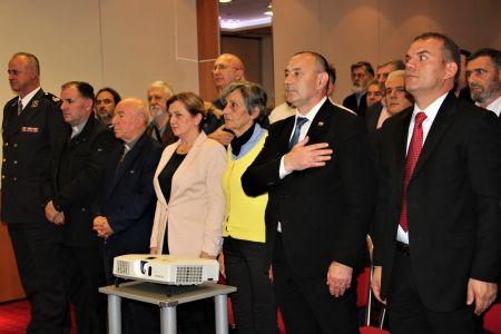 Albanci Stol 3