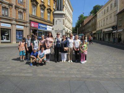 Albanski Ucenici 15