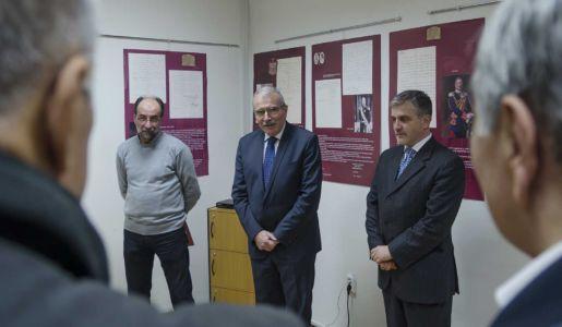 Izlozba U Crnogorskom Domu (4)