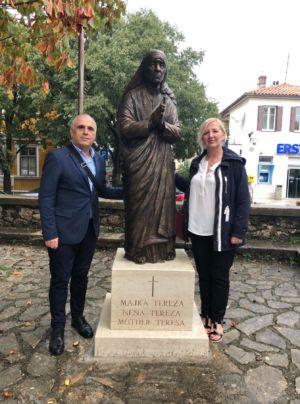 Kip Majke Tereze 7