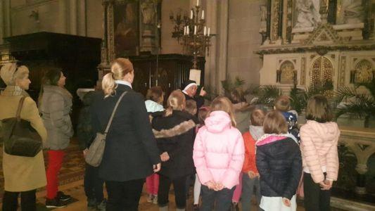 Madjari Posjet Katedrali 3