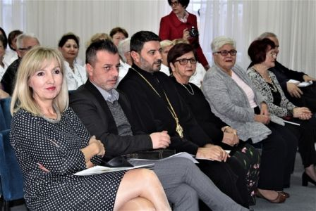 Makedonci Glas 7