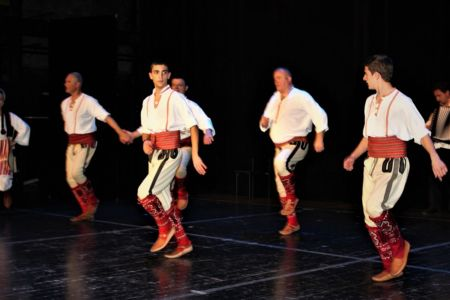 Makedonci Oteks 22