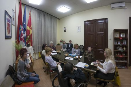 Poezija U Domu Makedonaca 8