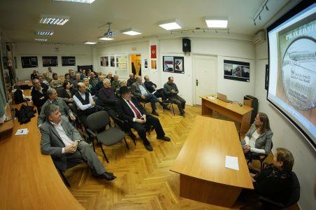 Projekcija Filma U Klubu Crnogoraca 13 1