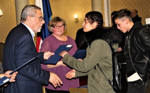 Romi Stipendije Nove 10