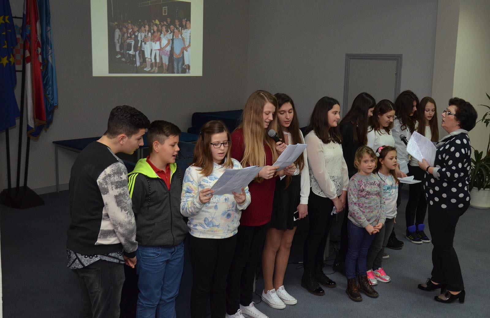 Ucitelji I Materinji Jezik 18