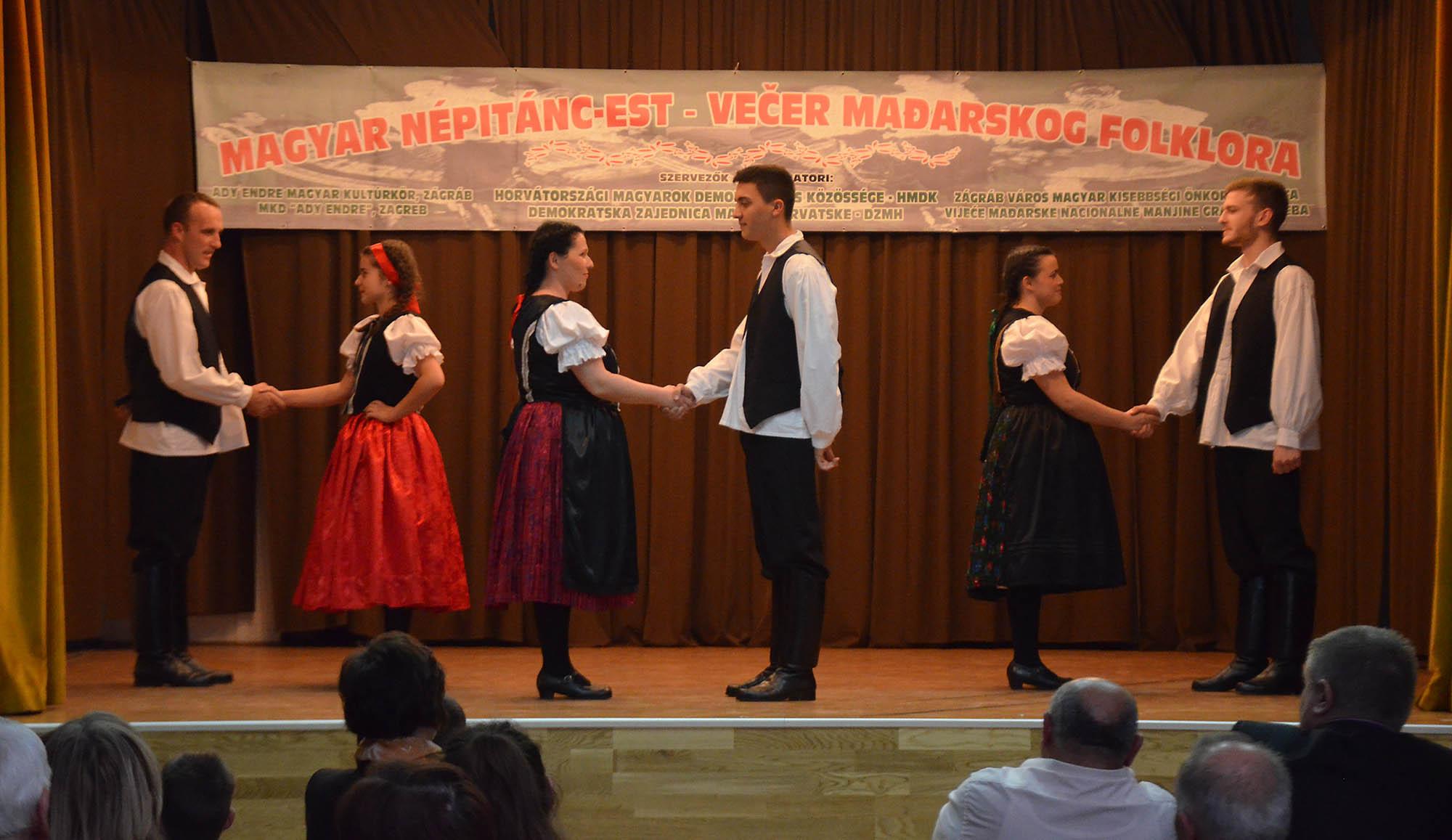 Vecer Madjarskkog Folklora (13)