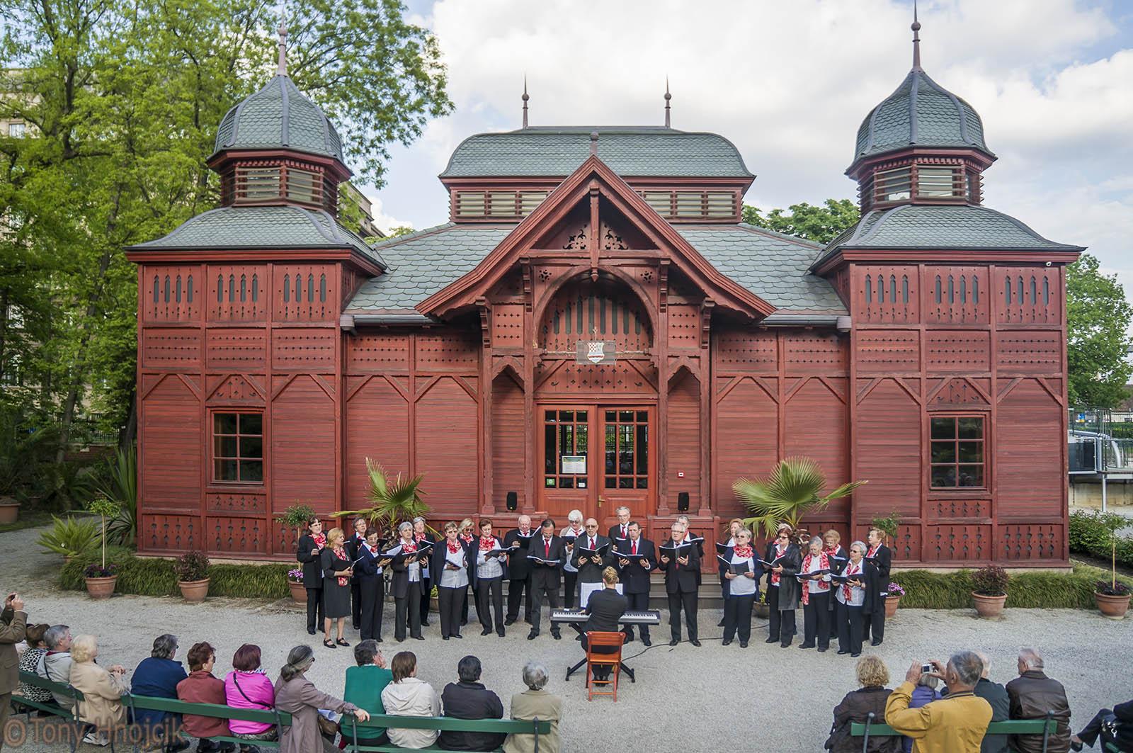 Zbor Bohemia U Botaničkom Vrtu (10)