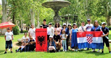 EDUKATIVNO-TURISTIČKA ŠETNJA ZAGREBOM UČENIKA ALBANSKOG JEZIKA
